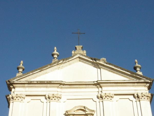 The damaged pinnacle on Sant'Amabrogio church.